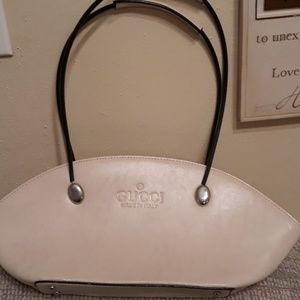 Gucci handbag (last mark down)